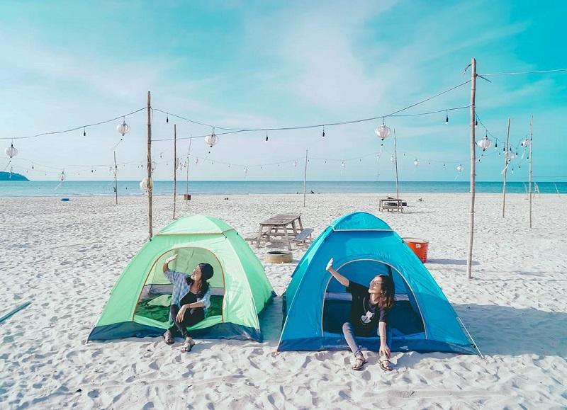 cắm trại ở biển tân cảnh dương