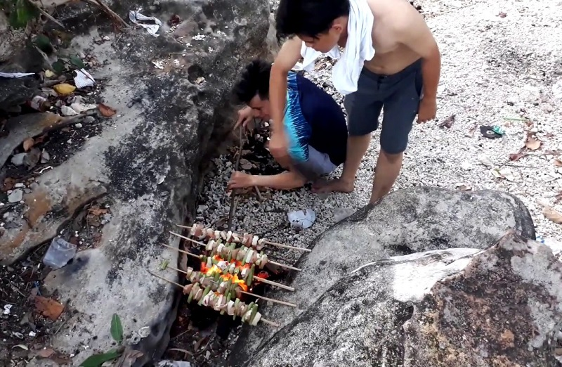 cắm trại ở làng vân đà nẵng