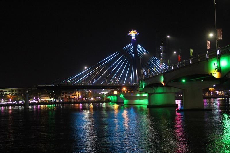cầu quáy sông hàn về đêm