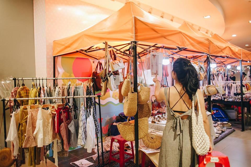 chợ phiên bazaar
