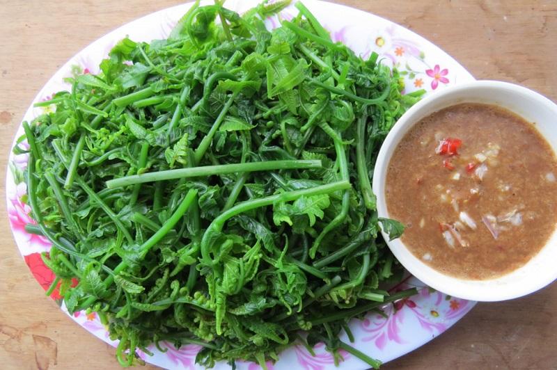 ăn gì khi đến suối Hoa Đà Nẵng