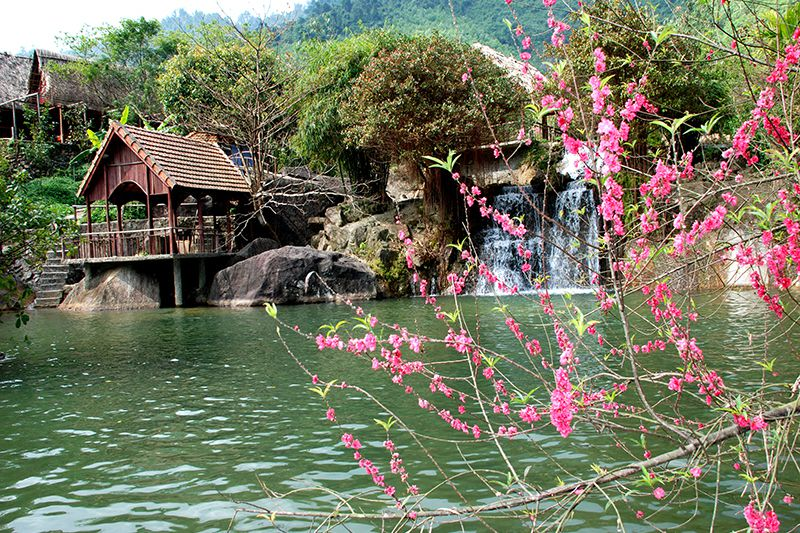du lịch suối Hoa